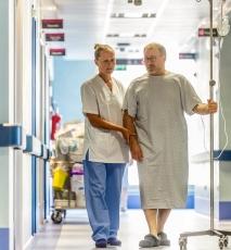 postoperative hospital stay
