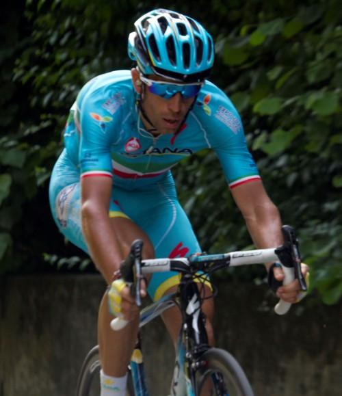 L'atleta olimpico Vincenzo Nibali operato in Poliambulanza
